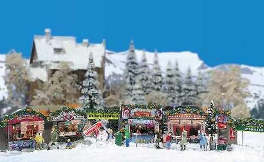 Christmas Fair Street Scene Kit HO